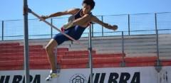 Fernando Avellaneda obtuvo una marca de 1.80m y finalizó segundo, detrás del cordobés Patricio López, que registró 1.85m (Foto Cancha Neutral)