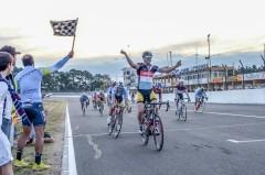 Santiago Yeri vencedor en Concordia