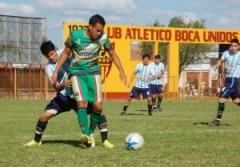 Adrián Acevedo marcó los dos primeros goles de Ferroviario ante Sportivo Sáenz Peña y luego se fue expulsado (Foto Época)