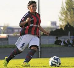 Cecilia López es titular en la Primera de San Lorenzo. En 2015 se coronaron campeonas y ahora su objetivo es clasificar a la Libertadores de este año (Foto Primera Edición)