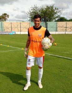 Juan Mendonca será el arquero titular de Sportivo Patria, el viernes ante Chaco For Ever y el martes próximo, en Posadas ante Guaraní